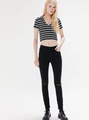 BDG Twig Ripped High-Waisted Skinny Jean – Black